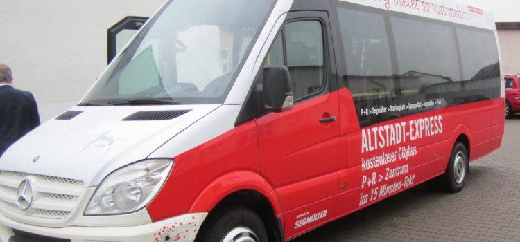 Altstadt-Express nimmt Fahrt auf!
